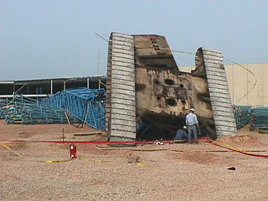 photo showing destroyed crane