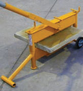 photo of a mechanical splitter in use