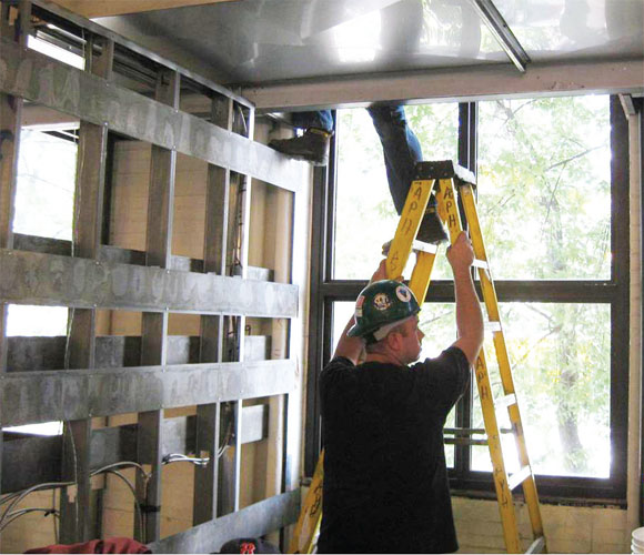 Elcosh Preventing Falls From Ladders In Construction A