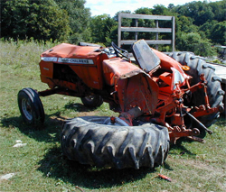 picture of a mangled tractor