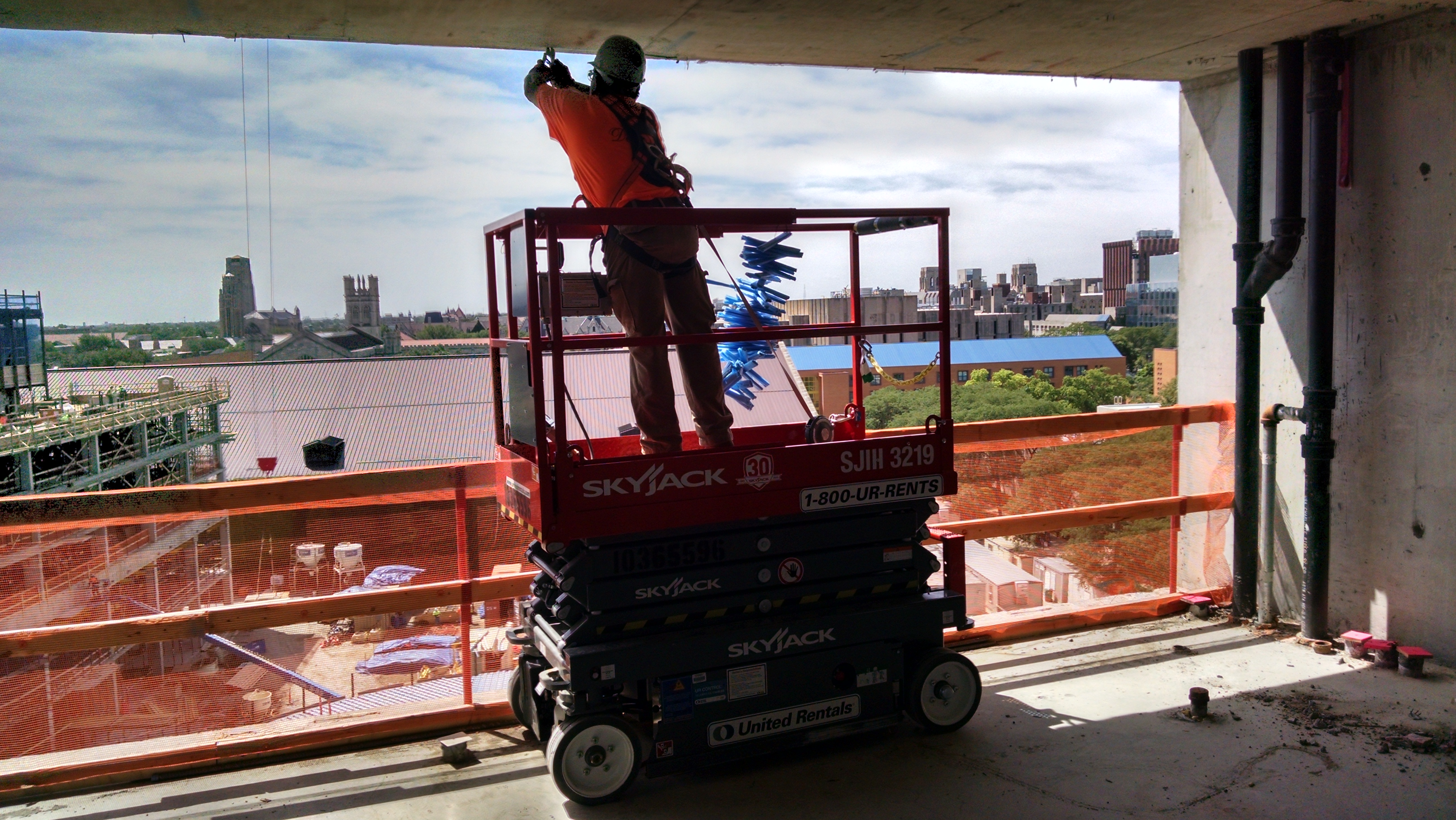 Scissor Lift Fall protection